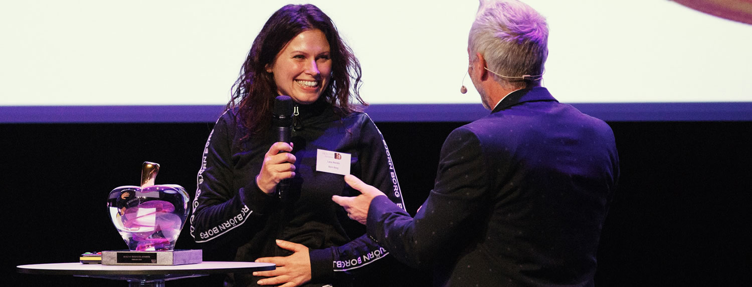 Björn Borg HR Director Lena Nordin accepting the award